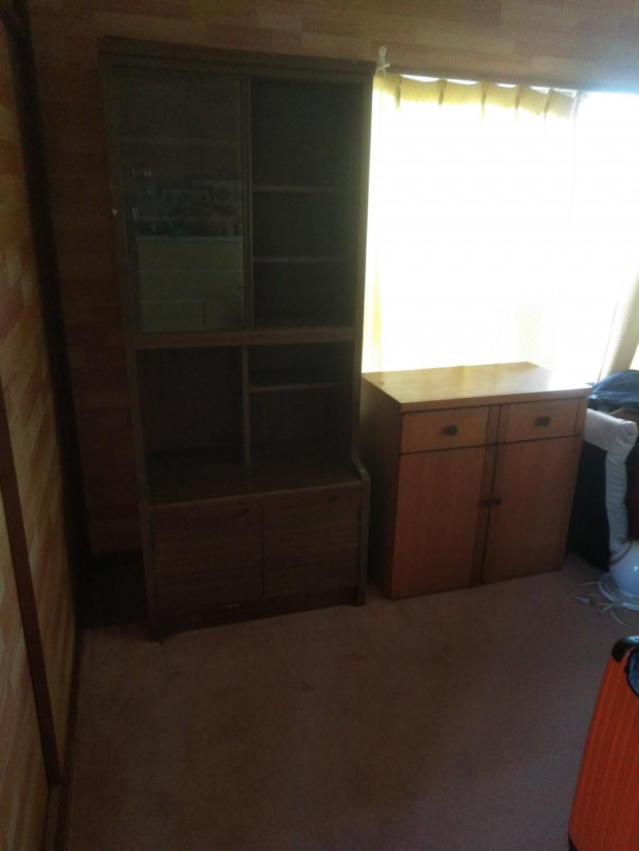 【徳島市】学習机、衣装ケース、本棚の出張不用品回収・処分ご依頼