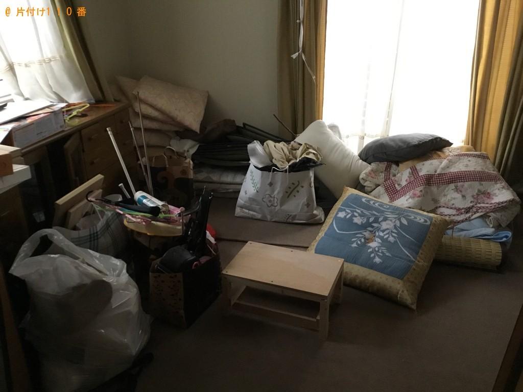 【徳島市】デスク、ベッド、カーペット、座布団等の回収・処分ご依頼